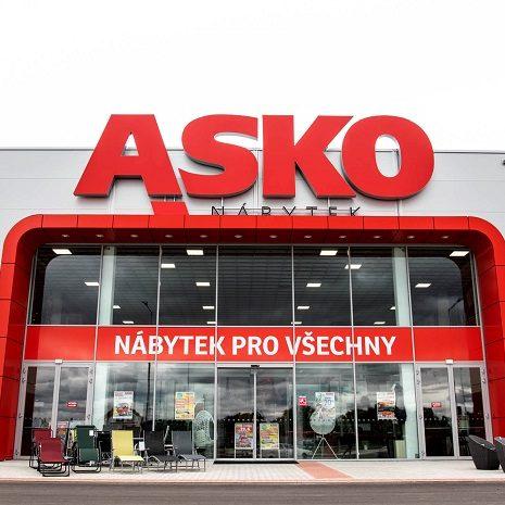 Vchod do prodejny ASKO v České Republice