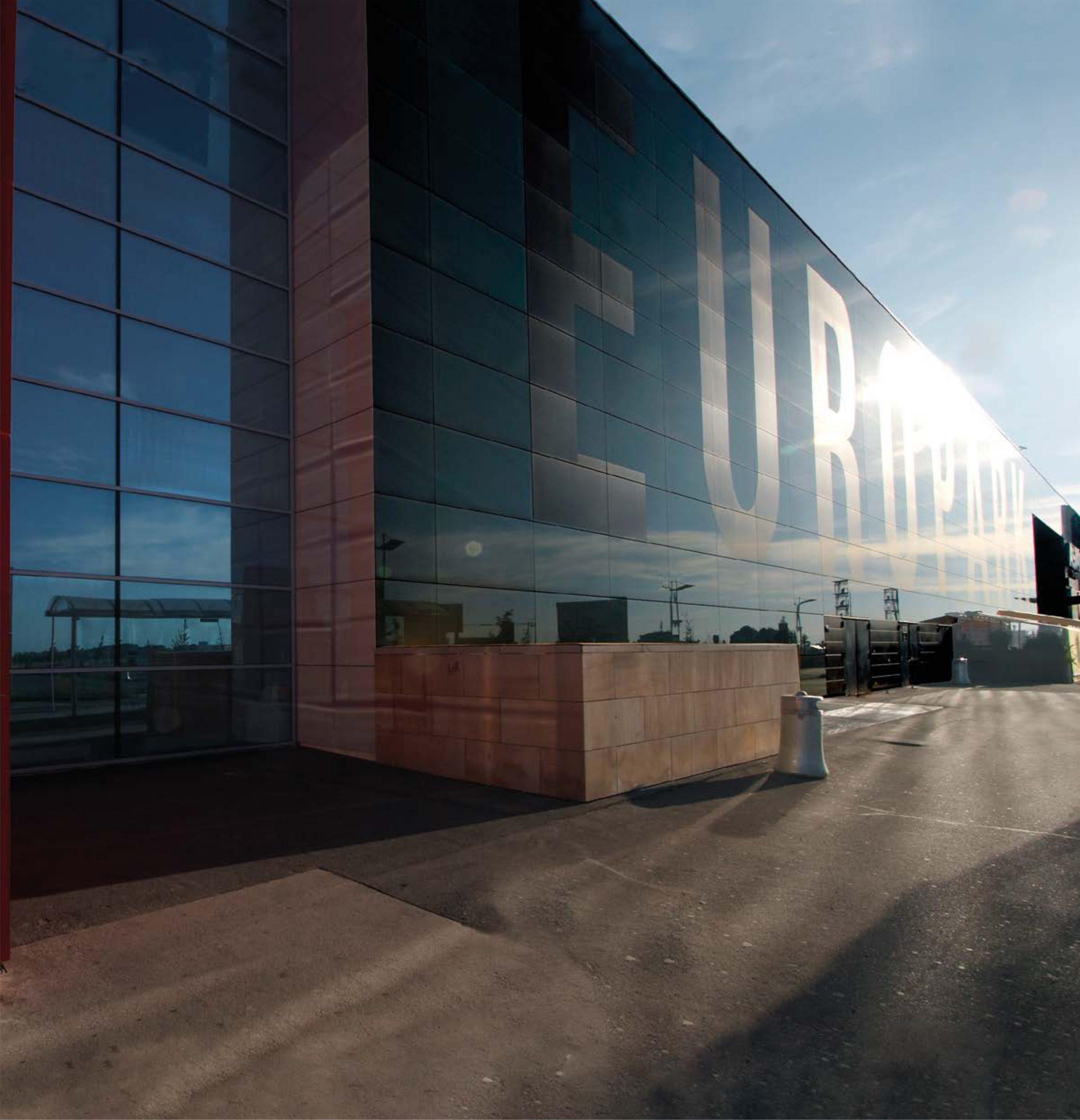 vstup hlavny vchod europark praha obchodne centrum